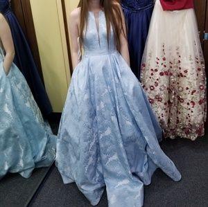 2019 Sherri Hill prom gown